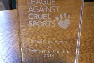 league_against_cruel_sports_politician_of_the_year_2014_award[1]